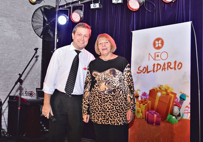 Cocktail solidario a beneficio de la Escuela Hogar