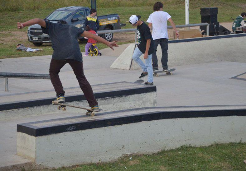 En Concordia los skaters entrenan y se miden