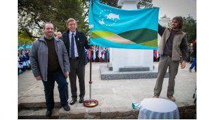 En el Día de la Bandera se presentó la insignia de Gualeguaychú