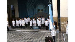 Con coraje. Durante el acto reflejaron y homenajearon la humildad y la entrega de Belgrano. (Foto UNO/Diego Arias)