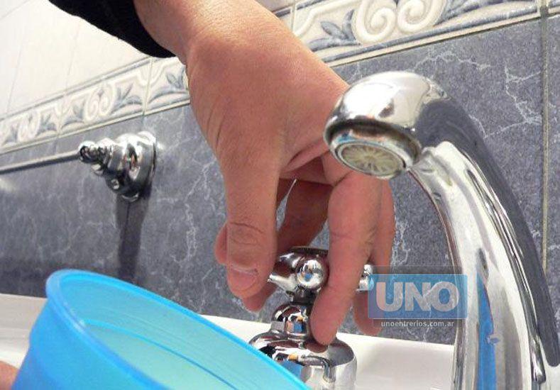 Poca presión de agua en el centro de Paraná. (Foto UNO/Archivo/Ilustrativa)