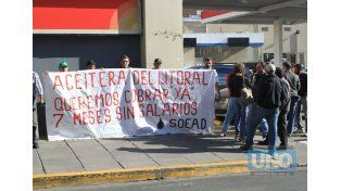 Reclamo. Los empleados llevan siete meses sin cobrar salarios. Foto UNO/Juan Ignacio Pereira