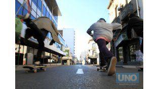 Los pibes en calle Buenos Aires