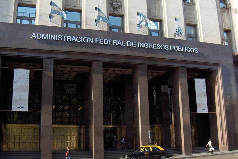 AFIP denunció a una empresa postal por fraude impositivo a través de una cooperativa paranaense