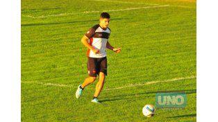 Diego Martínez tendrá la posibilidad de ser titular por primera vez en 2015 en la B Nacional.  Foto UNO/Juan Manuel Hernández