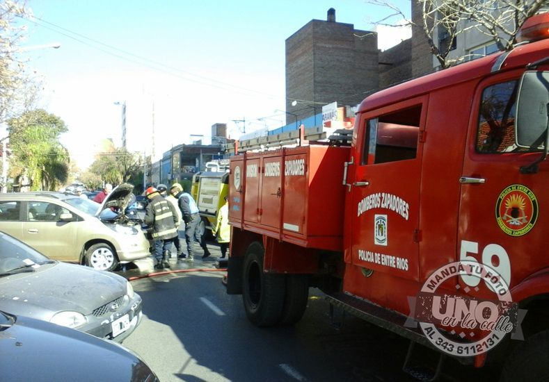 #UNOenLaCalle Principio de incendio en calle Salta