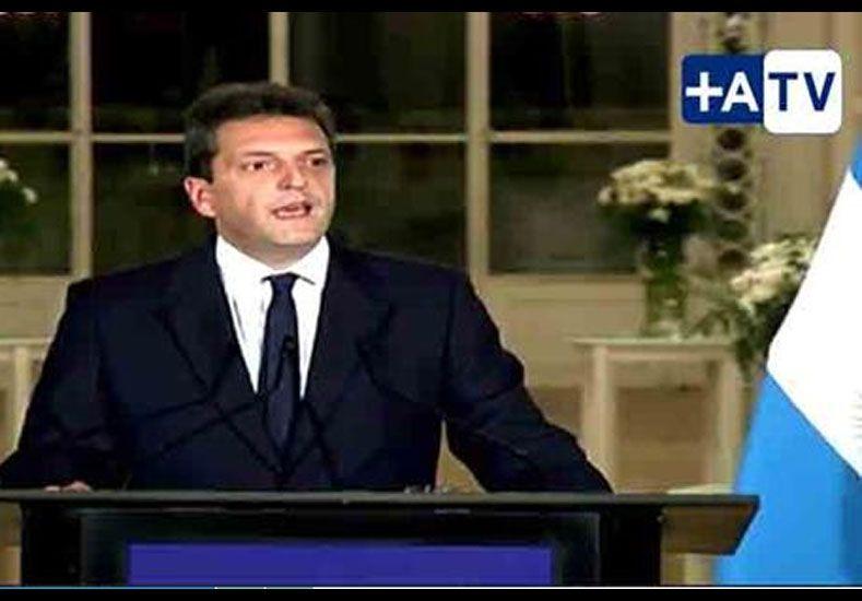 Massa ratificó su postulación para presidente