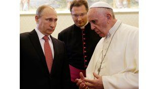 El Papa pidió a Putin esfuerzos sinceros de paz para Ucrania