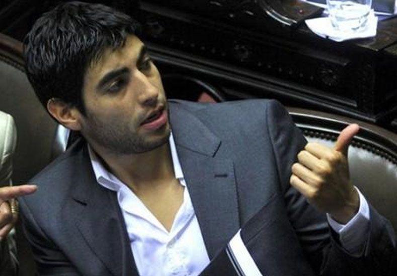 Facundo Moyano repudió las declaraciones de Barrionuevo sobre la dictadura