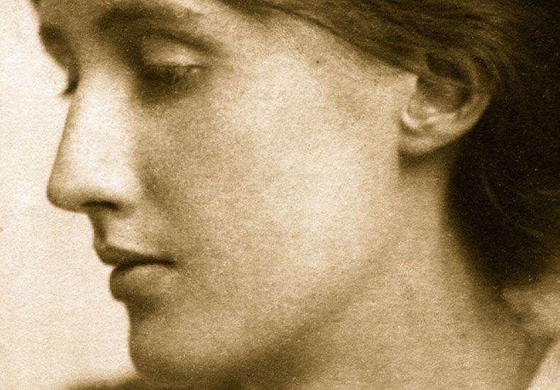 """Mujer de letras. Virginia Woolf reclamaba """"un cuarto propio"""" donde construirse como escritora."""