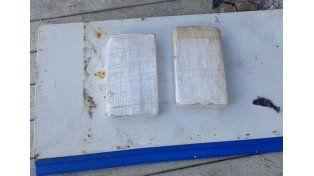 Detuvieron a un hombre acusado de transportar droga en un micro