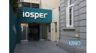 Iosper y las clínicas acercaron posiciones