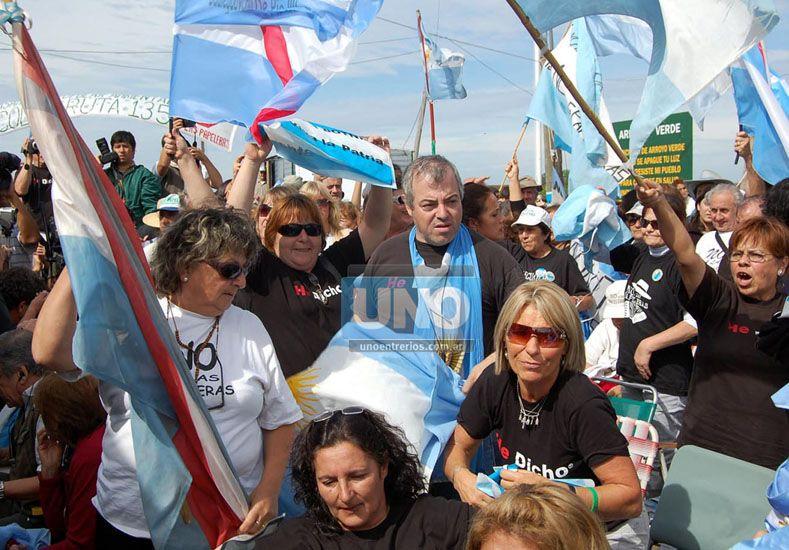 Asambleístas de Gualeguaychú celebran el día del Medioambiente con nuevos reclamos