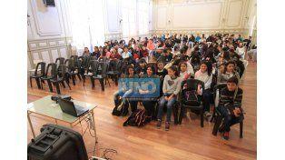Jornada. Alumnos de la Olegario Andrade y Sarmiento compartieron miradas sobre lo ambiental. (Foto UNO/Juan Ignacio Pereira)