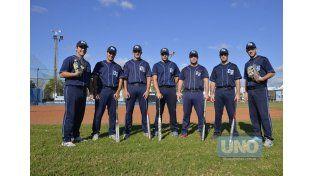 Los jugadores se juntaron para la foto antes de viajar para estar en los mejores equipos.  Foto UNO/Mateo Oviedo