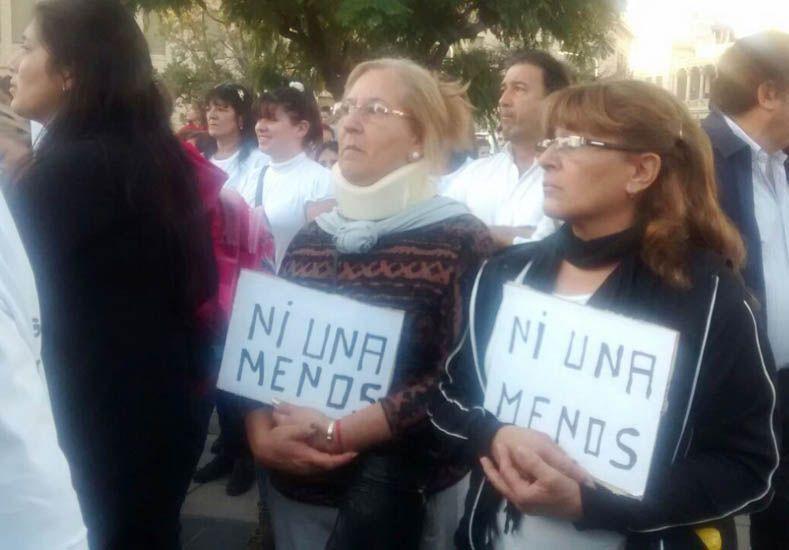 El #NiUnaMenos se expandió en las redes sociales