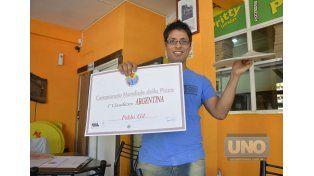Diploma. Pablo fue el único representante de Latinoamérica.  Foto UNO/Mateo Oviedo