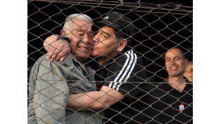 Máxima preocupación por la salud de Don Diego Maradona