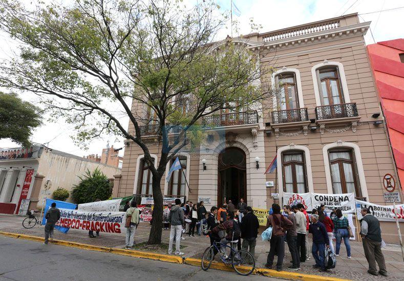 El fiscal de Cámara solicitó la falta de mérito para los asambleístas antifracking