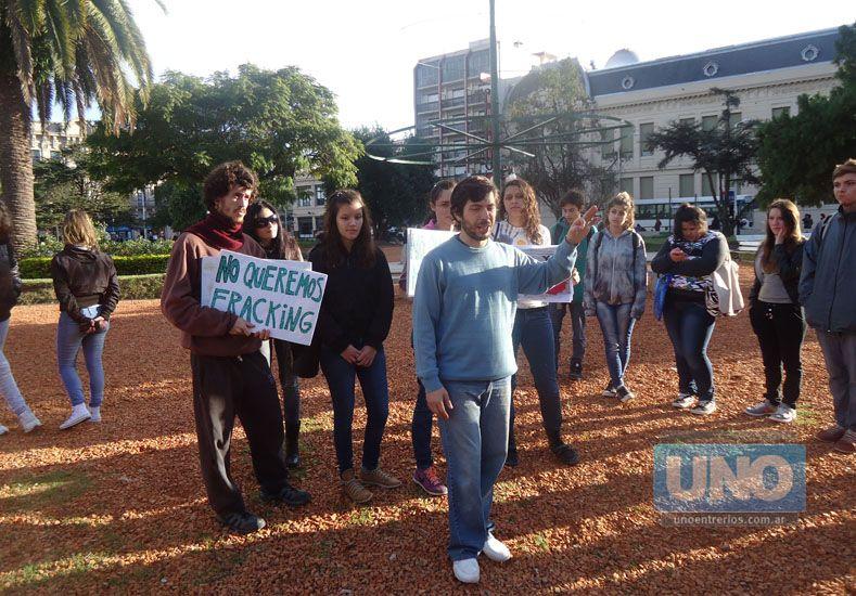 Protesta antifracking y clase pública: Asambleístas reclamaron sobreseimiento de sus compañeros