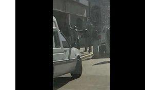 Video: así detuvieron a un prófugo en pleno centro de Gualeguaychú