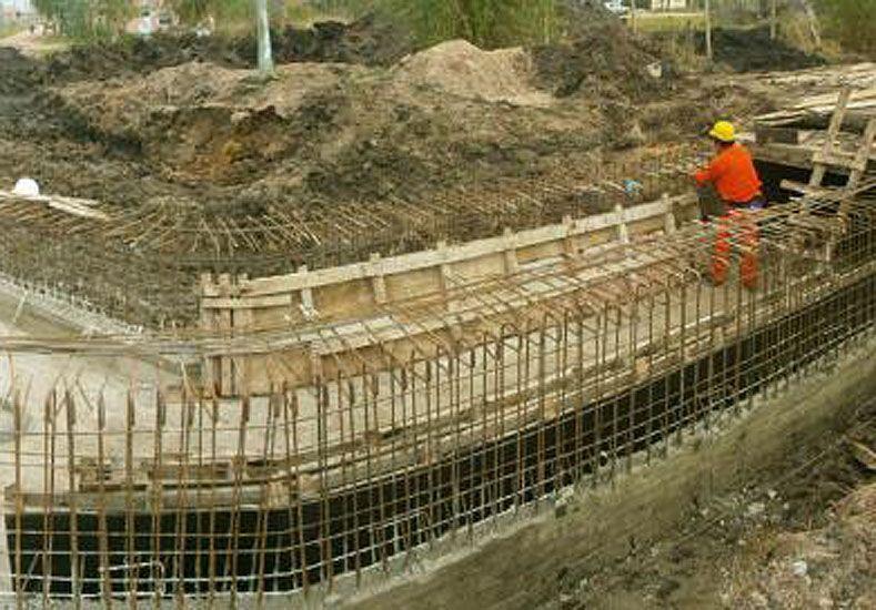 Entre Ríos finalizará el 2015 con 28 obras hidráulicas estructurales ejecutadas