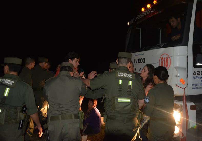 En la madrugada del 3 de agosto Gendarmería desalojó la ruta 015 en forma violenta.