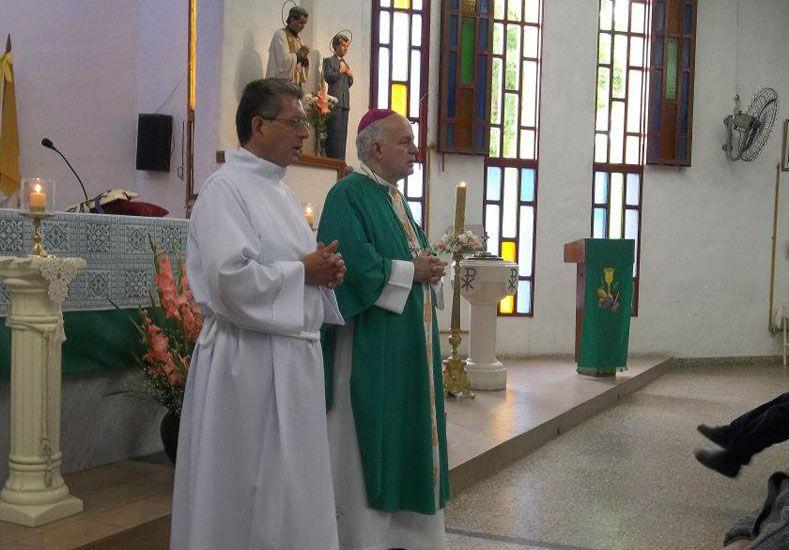 Pasos previos. Luis participa activamente de diversas actividades dentro de la Iglesia.