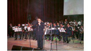 A toda orquesta. Estrecha vínculos con la comunidad.  Foto UNO/Archivo