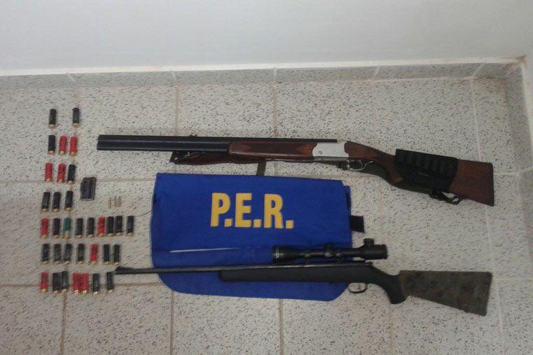 Operativo. Fueron secuestradas armas y municiones.