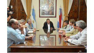 Intendentes vecinalistas manifestaron su apoyo a Urribarri en su campaña presidencial