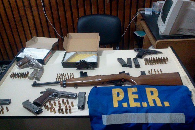 Allanaron una vivienda por violencia familiar y secuestraron armas de fuego