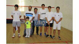 Los jugadores que representarán al club Estudiantes de Paraná a nivel regional. Foto UNO/Juan Manuel Hernández