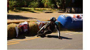 Movimiento. El longboard se moviliza con una industria pujante que avala las competencias.   Foto Gentileza/Federico Frangioni