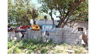 Byron Magallanes murió de un disparo en la cabeza en su casa de calle Los Los Minuanes II y Gianelli del barrio Anacleto Medina. Foto UNO/Diego Arias