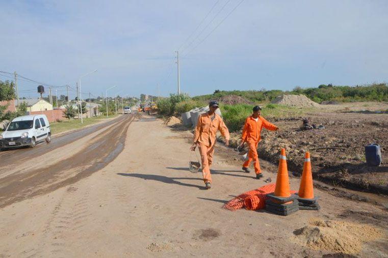 Desagües. Se trabaja en uno de los tramos de calle Jorge Newbery.  Foto Gentileza/Prensa Municipal