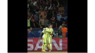 Barcelona le ganó al PSG con dos goles de Suárez