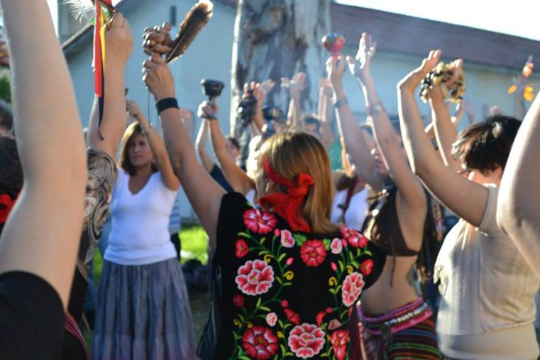 Celebración. Los descendientes de los pueblos originarios invitan a sumarse para venerar su cultura.