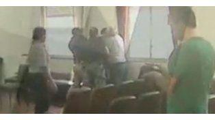 Motochorro intentó asesinar a su abogada en los Tribunales de La Plata