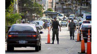 Crimen narco: cuatro jóvenes aparecieron asesinados dentro de un auto en el Bajo Flores