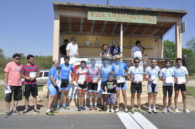 El podio de la categoría Tándem Masculino Elite.  Foto UNO/ Mateo Oviedo