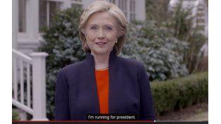 Hillary Clinton lanzó su precandidatura presidencial en la web