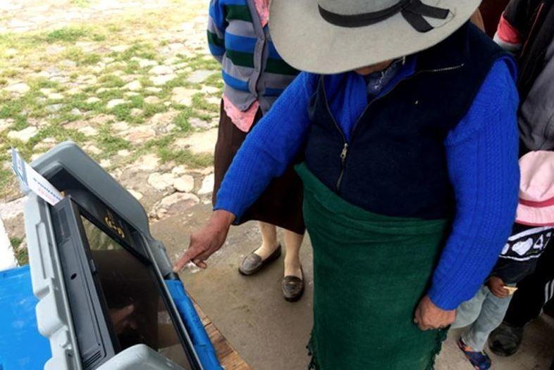 Comenzaron las PASO en Salta con el sistema de voto electrónico