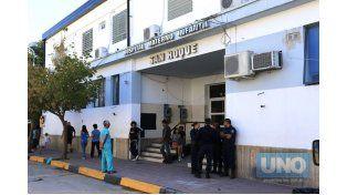 El niño murió en el hospital San Roque este sábado por la mañana. (Foto: UNO/Diego Arias)