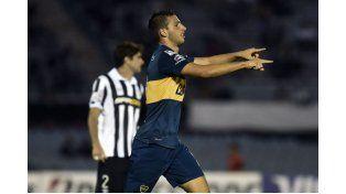Calleri marcó dos goles en la victoria de Boca. Foto: AP