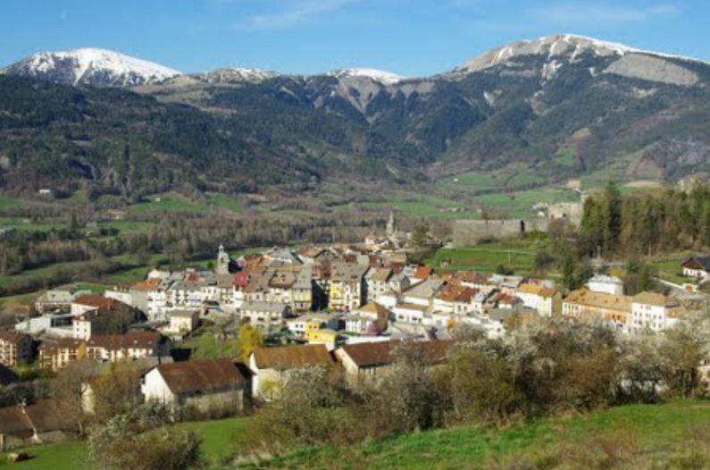 Dijo ser prima de una víctima del avión de Germanwings para viajar gratis a Francia