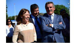 Agustín Rossi y Osuna inauguraron el emplazamiento del avión Canberra
