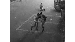 Intentó violar a una camarera pero se encontró con la sorpresa de que era una experta en artes marciales