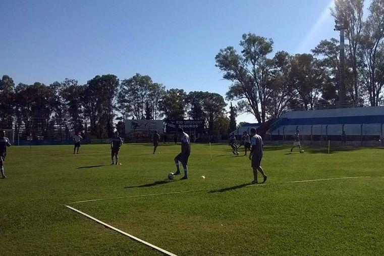 Gimnasia hará hoy la práctica de fútbol en el estadio Núñez.