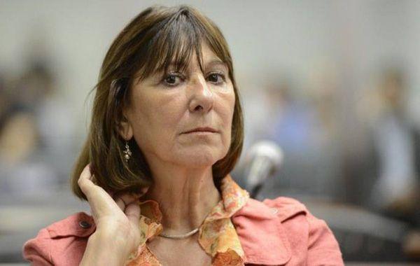 Felisa Miceli se arrepintió de llevar el dinero al baño y se quejó que la financiera sigue trabajando